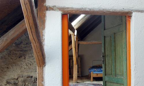 http://www.machuvstatek.cz/files/articles/data2/Kvaskovice-pokoj.jpg